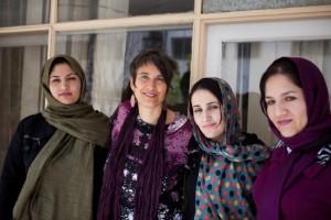 13_monika-hauser-bei-medica-afghanistan-c2a9-elissa-bogos-medica-mondiale